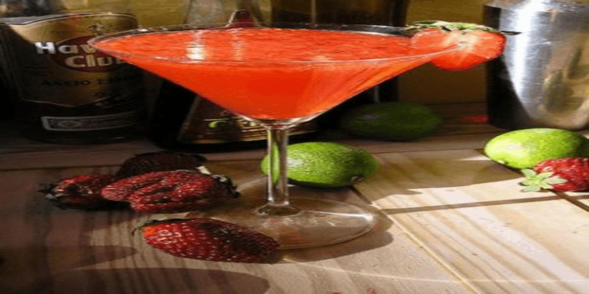 Cocktail de Champanhe Vermelho
