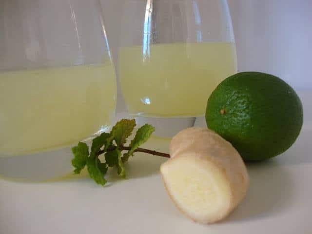 Limonada de Lima, Hortelã e Gengibre