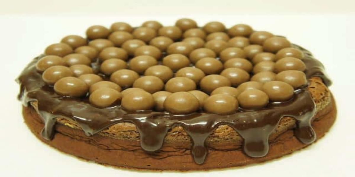 Bolo de Nutella e Chocolate Com Maltesers