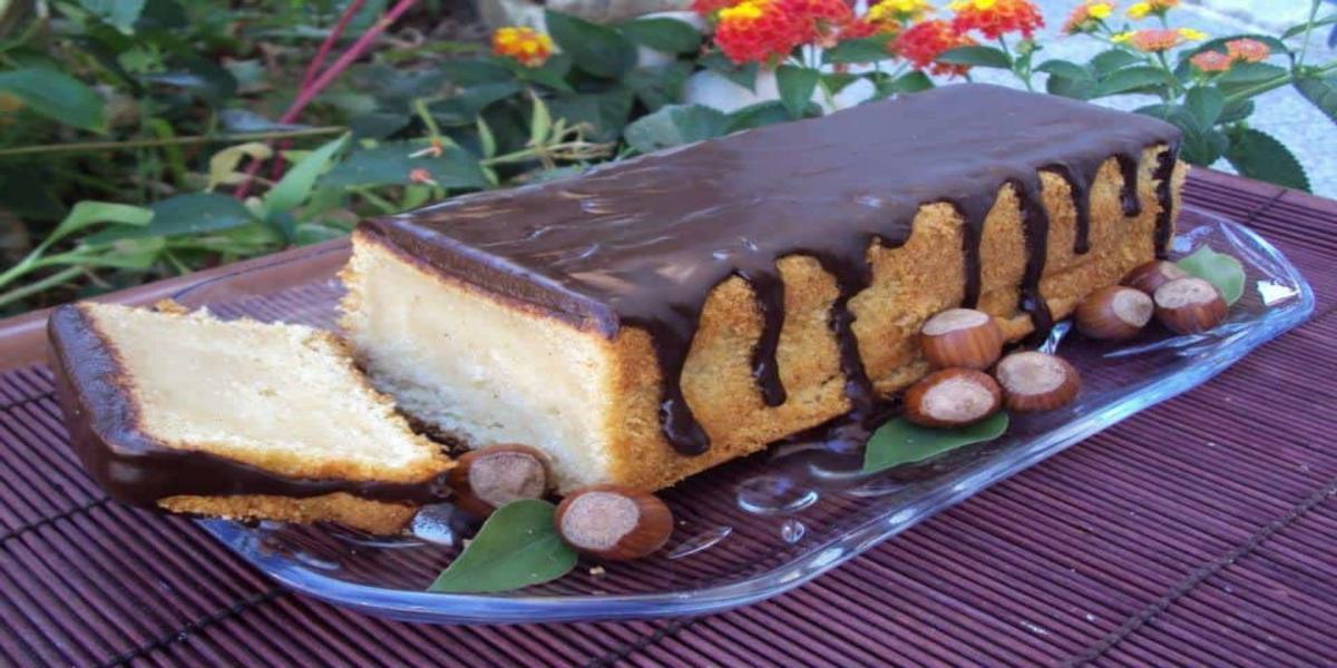 Bolo de Avelã com Ganache de Chocolate