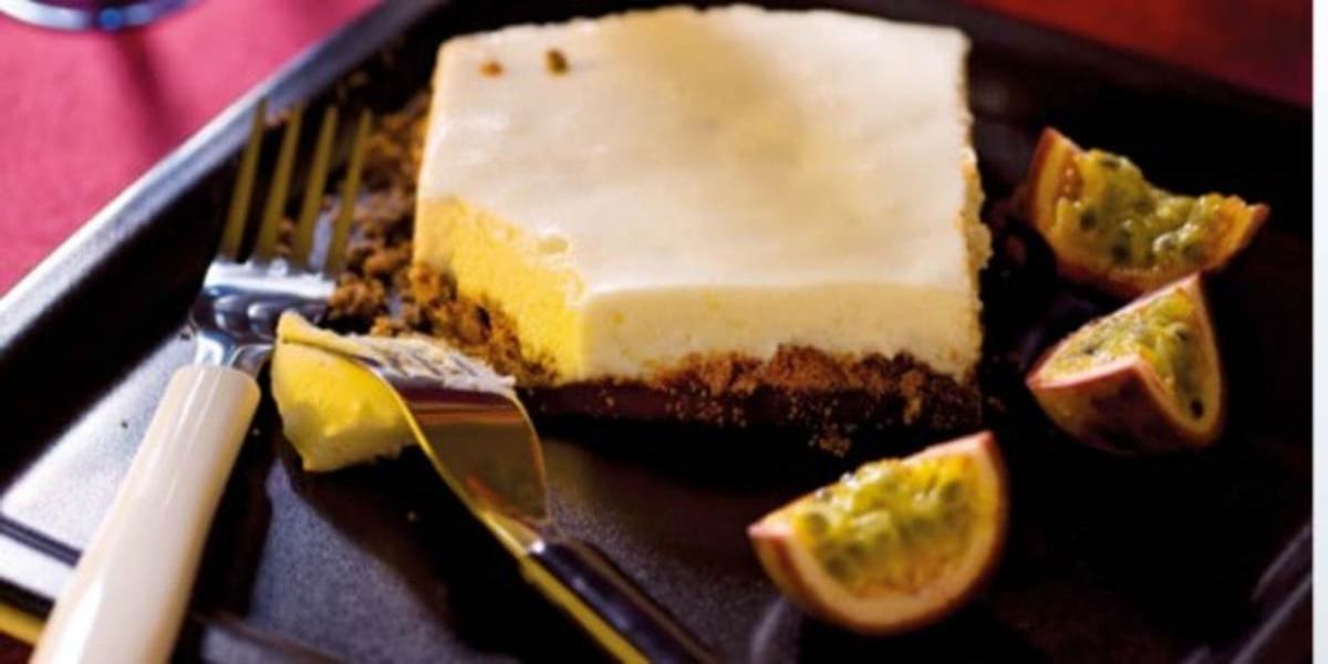 Quadrados de Cheesecake de Maracujá