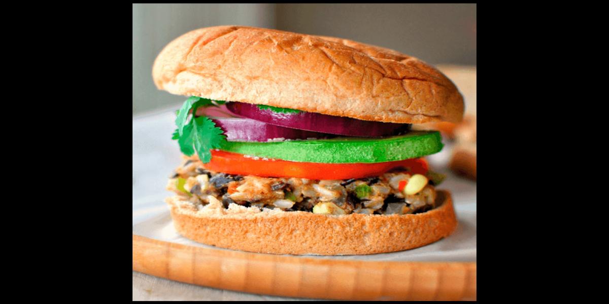 Hambúrguer Vegetariano de Feijão e Arroz