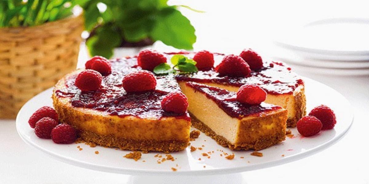 Cheesecake com Doce de Framboesa