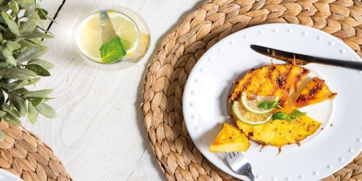 Abacaxi Grelhado com Lima