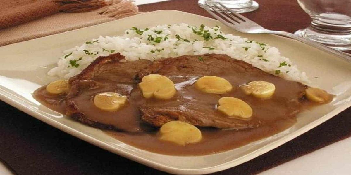 Bife com Molho da Madeira