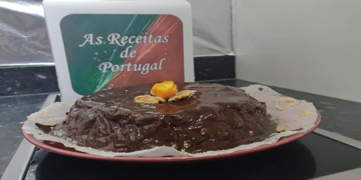 Bolo de Claras com Chocolate